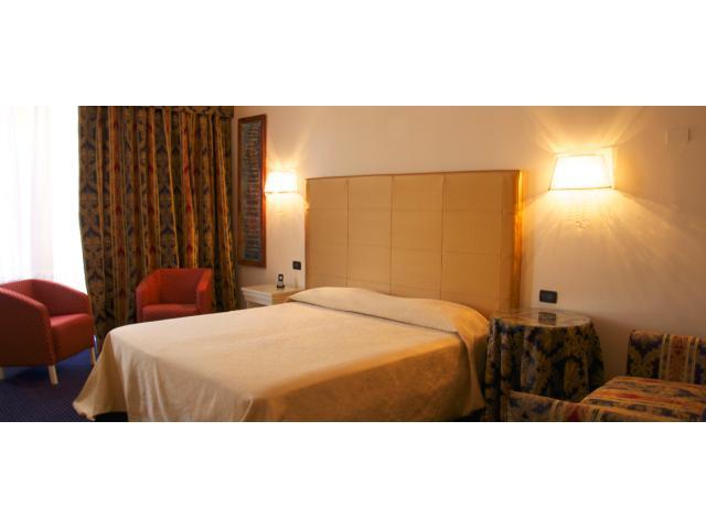 Hotel Ferrara - Torre della Vittoria